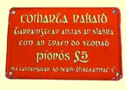 click for 5K .jpg image of gaelic carriage sign