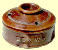 click for 1K .jpg image of GSWR inkwell.